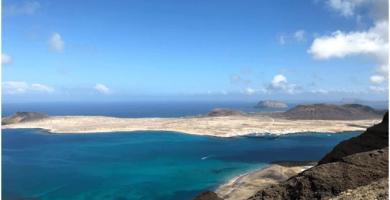 Sitios que ver en Lanzarote la isla de La Graciosa