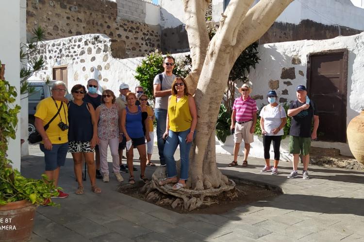 Lanzarote Rent a guide 4