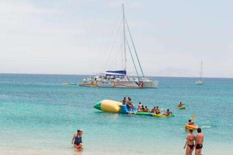 excursion la graciosa en catamaran