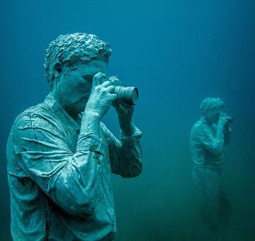 Hombre fotografiando